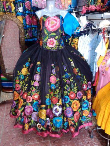 Vestido Xv Años Bordado En Petatillo Altaseda Cuchillas